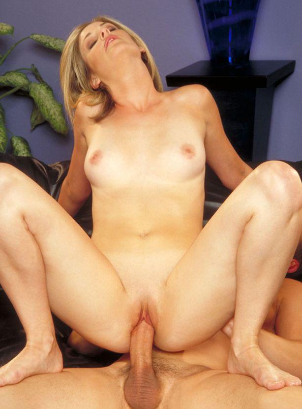 blondes-luder-hat-geilen-sex